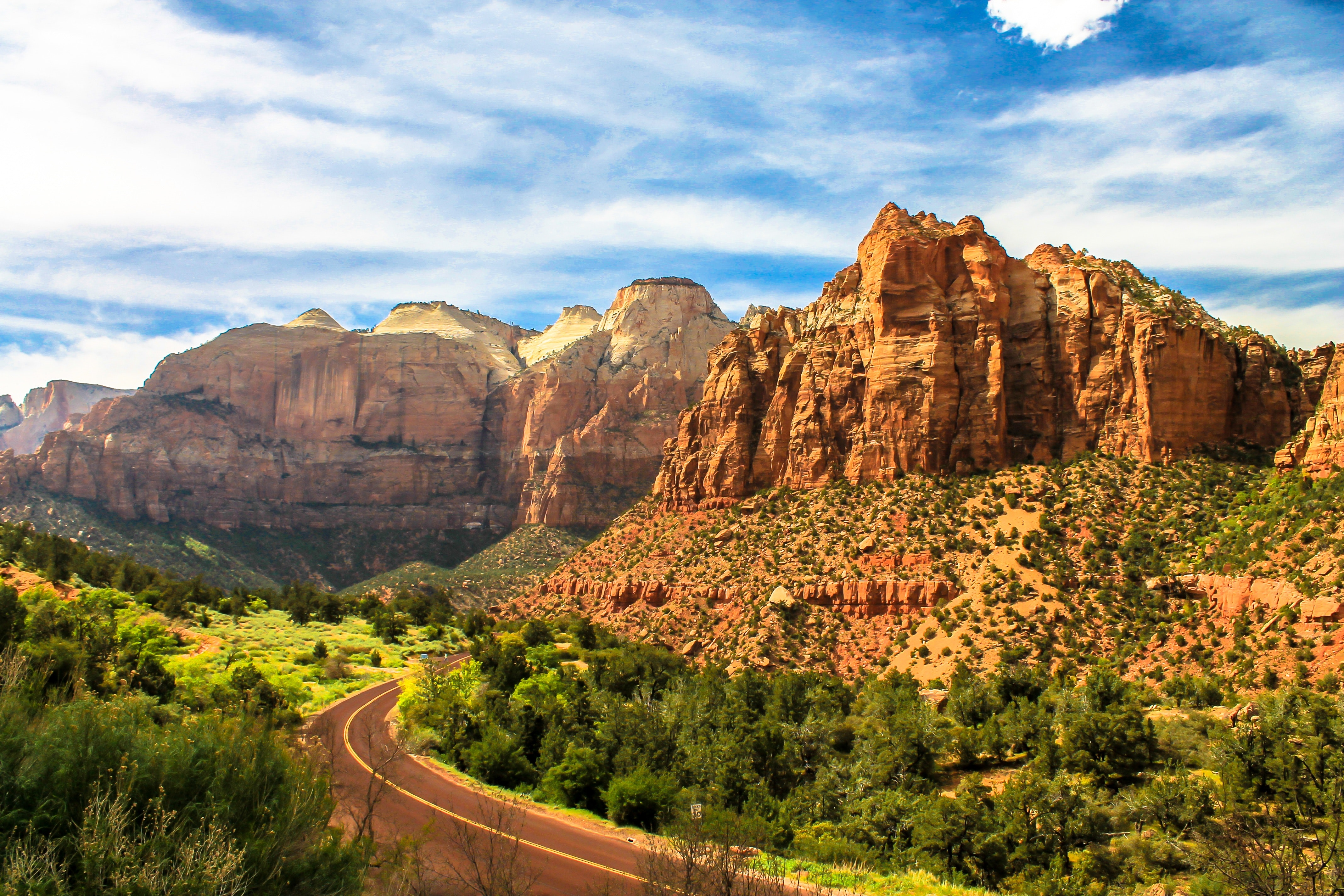 america-canyon-cliff-417119.jpg
